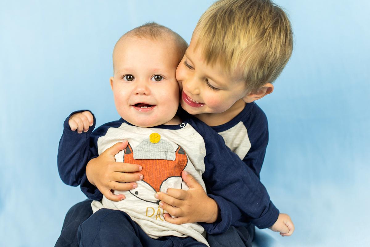 Barnfotografering Norrköping – Tage&Knut
