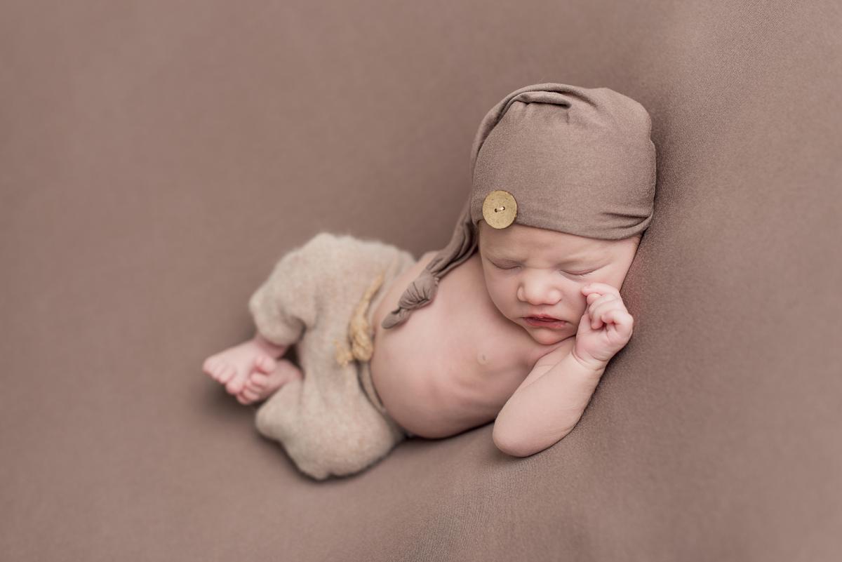 Nyföddfotografering Norrköping – Pascal 9 dagar